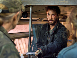 Watch Falling Skies Season 2 Episode 2