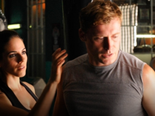 Watch Lost Girl Season 2 Episode 10