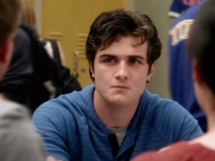 Watch Awkward Season 2 Episode 4