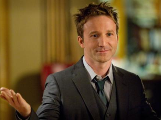 Watch Franklin & Bash Season 2 Episode 9