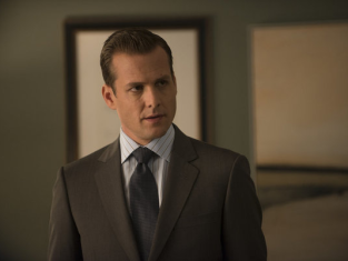 Watch Suits Season 2 Episode 8