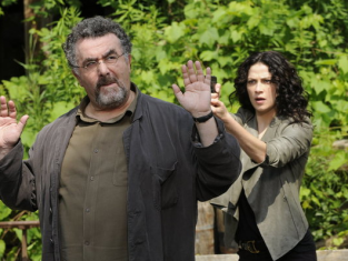 Watch Warehouse 13 Season 4 Episode 10
