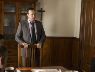 Watch Blue Bloods Season 3 Episode 7