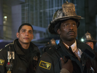 Watch Chicago Fire Season 1 Episode 4
