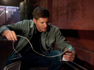 Watch Supernatural Season 8 Episode 5