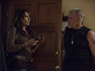 Watch Sons of Anarchy Season 5 Episode 9