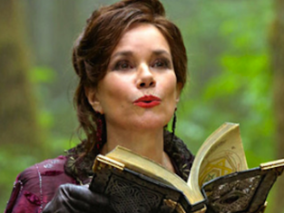Watch Once Upon a Time Season 2 Episode 8
