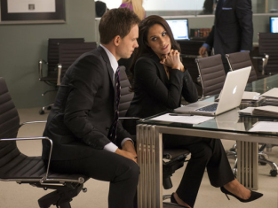Watch Suits Season 2 Episode 13