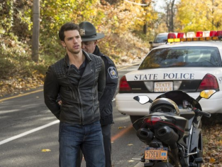Watch Deception Season 1 Episode 6