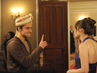 Watch New Girl Season 2 Episode 16