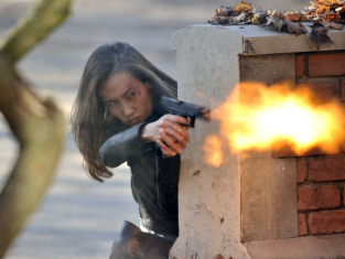 Watch Nikita Season 3 Episode 10