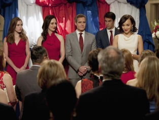 Watch Revenge Season 2 Episode 14