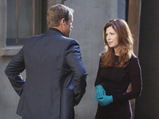 Watch Body of Proof Season 3 Episode 1