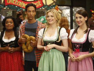 Watch Community Season 4 Episode 4