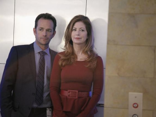 Watch Body of Proof Season 3 Episode 7