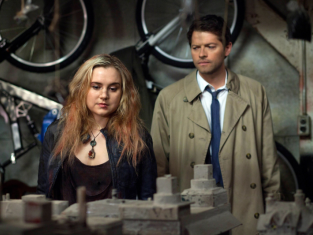 Watch Supernatural Season 8 Episode 17