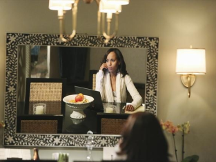 Watch Scandal Season 2 Episode 17