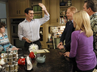Watch Modern Family Season 4 Episode 20