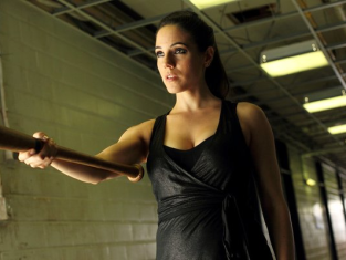 Watch Lost Girl Season 3 Episode 10