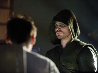 Watch Arrow Season 1 Episode 19