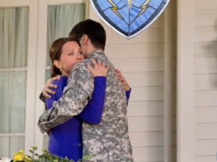 Watch Army Wives Season 7 Episode 5