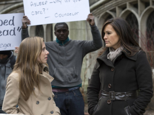 Watch Law & Order: SVU Season 14 Episode 20
