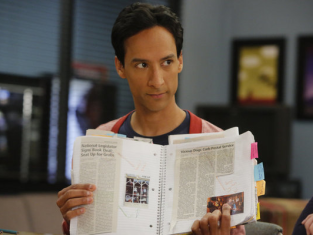 Watch Community Season 4 Episode 12