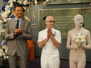 Watch Community Season 4 Episode 13
