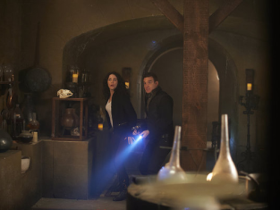 Watch Warehouse 13 Season 4 Episode 19