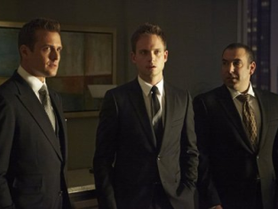 Watch Suits Season 3 Episode 1