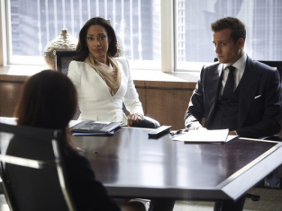 Watch Suits Season 3 Episode 2