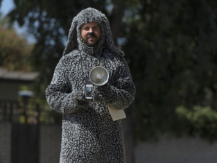 Watch Wilfred Season 3 Episode 7