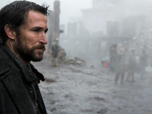 Watch Falling Skies Season 3 Episode 9