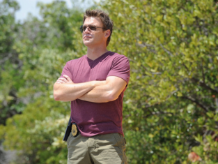 Watch The Glades Season 4 Episode 12