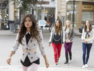 Watch Pretty Little Liars Season 4 Episode 12