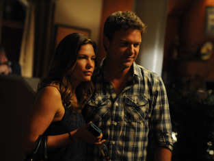 Watch The Glades Season 4 Episode 13