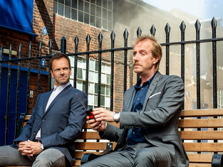 Watch Elementary Season 2 Episode 1