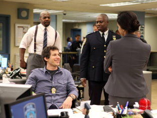 Watch Brooklyn Nine-Nine Season 1 Episode 1