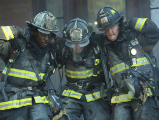 Watch Chicago Fire Season 2 Episode 1
