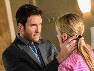 Watch Hostages Season 1 Episode 4