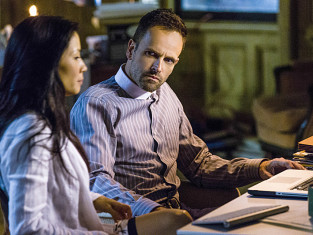Watch Elementary Season 2 Episode 3