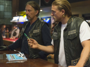 Watch Sons of Anarchy Season 6 Episode 5