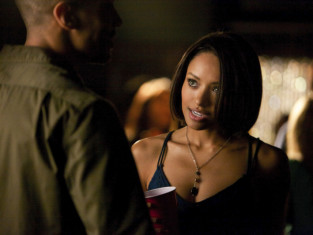 Watch The Vampire Diaries Season 5 Episode 8