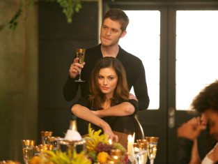 Watch The Originals Season 1 Episode 9