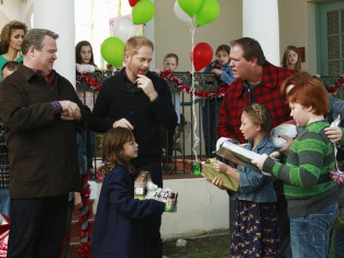 Watch Modern Family Season 5 Episode 10