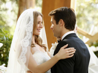Watch Revenge Season 3 Episode 10