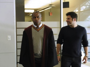 Watch Psych Season 8 Episode 1