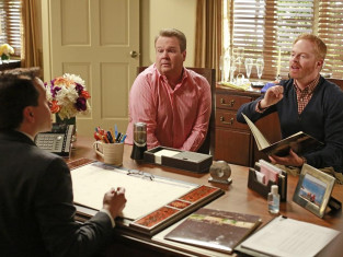 Watch Modern Family Season 5 Episode 11