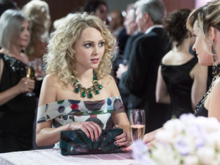 Watch The Carrie Diaries Season 2 Episode 11