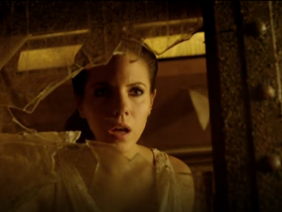 Watch Lost Girl Season 4 Episode 2